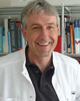Dr. med. Jürg Bernhard